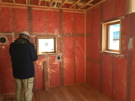 防湿層の施工